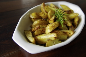 1398228_self_made_potato_wedges_from_oven